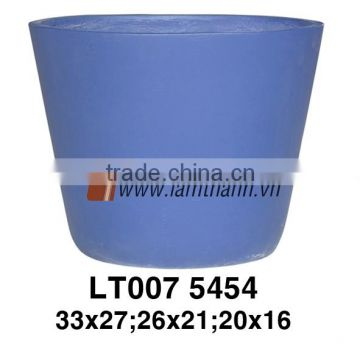 Southern Vietnam Producer Elegant Decorative Round Medium Blue Ceramic