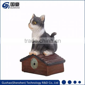 Garden animal ornament resin cat craft with shadow control