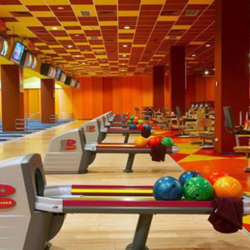 High Speed Bowling Ball Return Machine Steel Plastic Rubber