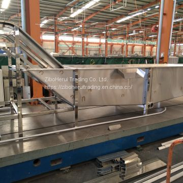Industrial fruit and vegetable basket washing / cleaning machine