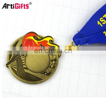 2017 Wholesale Cheap custom trophies and medals