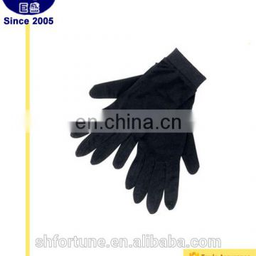 Decorative outdoor gloves