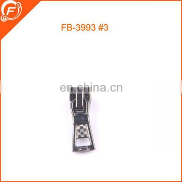 OEM wholesale 5# garment metal zipper slider