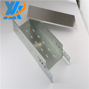 Light weight aluminum ventilated cable tray with cover for the laying of control cables