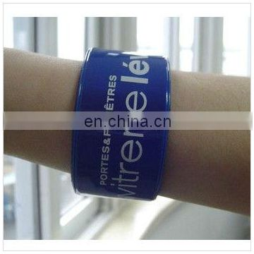 Reflective snap bracelet in assorted colors and customized logo