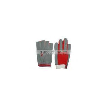 Traditional Salling Gloves