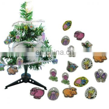 Shrinky chips /shrinky chips craft /christmas tree crafts