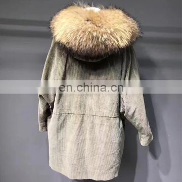 Popular style real sheep fur lining big raccoon fur collar jackets wholesale