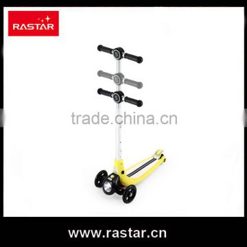Rastar toy made in china outdoor kids toy 3 wheel kick scooter
