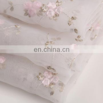 2015 Best Selling Items Lady's Garment Material Embroidered Fashion Chiffon Fabric