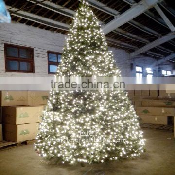 Wholesale Fashion Cheap artificial christmas tree with LED lights