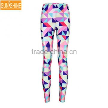 24bf54cceeafe Hot Fashion Printed Yoga Leggings Sexy Girls Wearing Yoga Pants of  Activewear - Bottoms from China Suppliers - 157205360