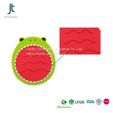 China supplier kitchen tools heat resistant silicone table mat