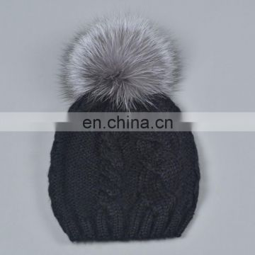 China Supplier Unisex Knitted Bonnet Caps With Fox Fur Pompoms Balls Hats