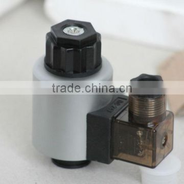 Hydraulic wet-pin type 24v electromagnet