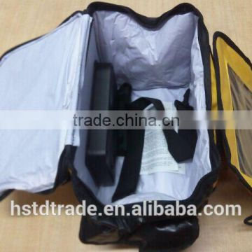 18 L volume of 4 w and 2 W cooler bags for frozen food 4 w for solar cooler bags.