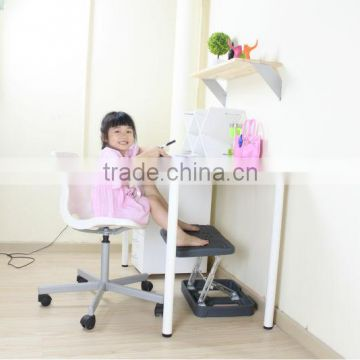 Comfortable folding footrest for Christmas gift