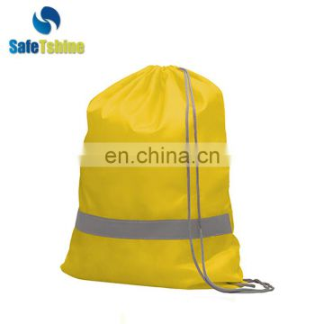 New design cheap reflective traveling cotton drawstring bag custom