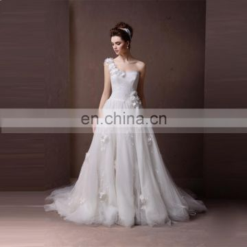 Gorgeous One Shoulder Handmade Flowers A line Puff Wedding Dress Chapel Tail