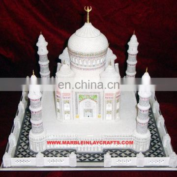 Taj Mahal Sculpture