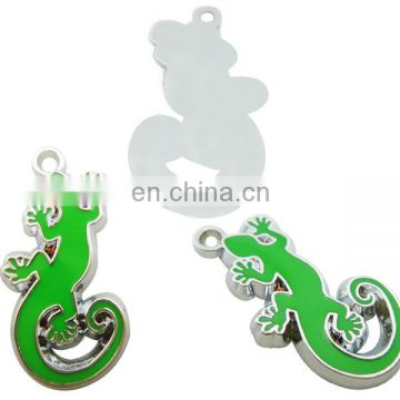 custom zinc alloy plated novel lizard charm