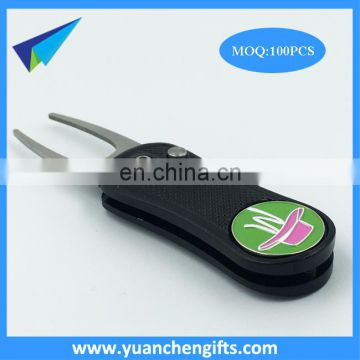 Different color in stock retractable switch blade golf pitch fork with custom ball marker