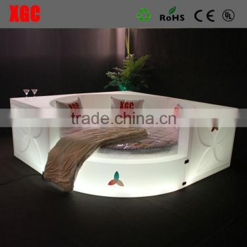 New design luxury Circle shape hotel bed heart shape bed with LED lighting