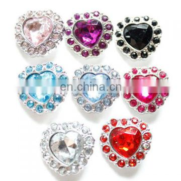 Trendy wholesale colorful acrylic heart shape buttons
