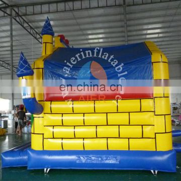 Inflatable yellow jumping castle to kids for fun