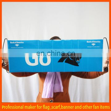 Retractable hand held retractable fan banner