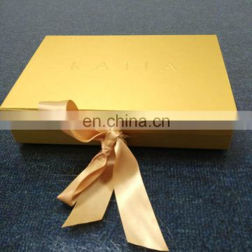 Top Quality Bow Tie Gift Packaging Cardboard Paper Box With Embrossed LOGO Printing