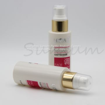 Screen Printing Handling 100ml Plastic Cosmetic Lotion Bottle with Golden Pump
