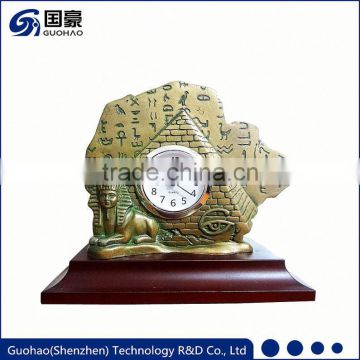 Hottest classic cheap price aluminum table clock