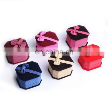 Silk jewelry box for jewelry