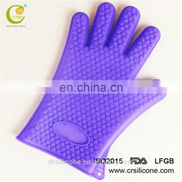 The Amazing thick Heat Resistant Silicone oven mitt glove with fingers