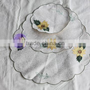 alibaba china kitchen accessories Round embroidery fabric coasters