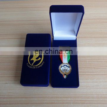 Custom gold logo challenge coin with QR code packed with gift box