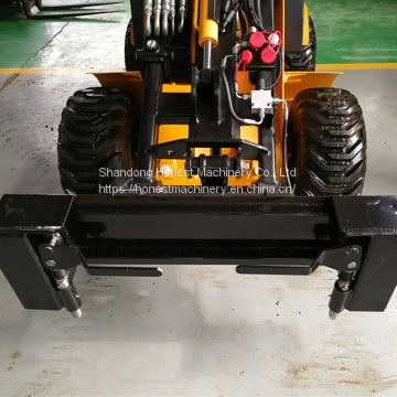 Bobcat coupling plate for skid steer loader attachments