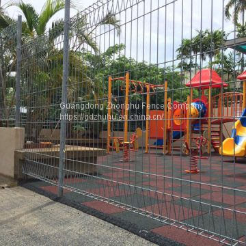 long life anti-rust anti-climb heavy welded wire mesh panels safety amusement park fencing