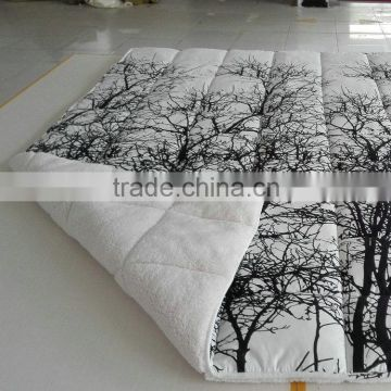 Best products printed microfiber quilt, Lamb Fleece Quilt from china online shopping