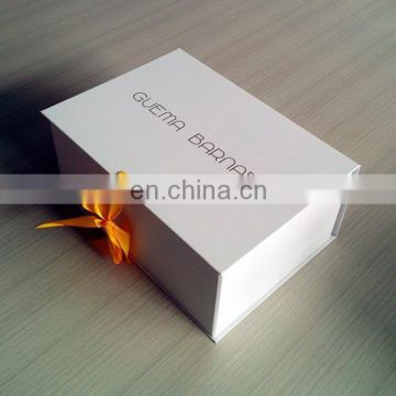 Printed boxes packaging luxury apparel boxes white gift box