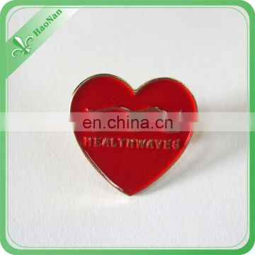 Wholesale fancy item cheap soft enamel heart shaped pin badges