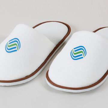 Hotel Collection White Closed Toe Waffle Weave Spa Slippers