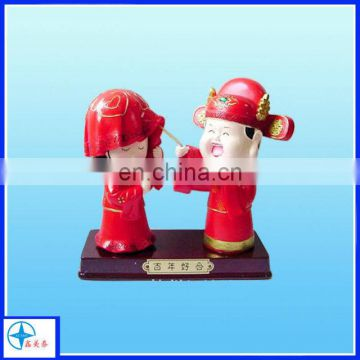 Chinese style weding loving couple figurine for gift