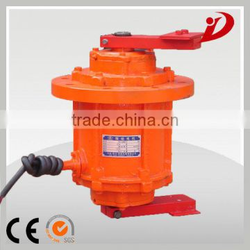 The dedicated motor of vibrating screen made in china