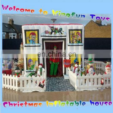 X-mas inflatable Christams lodge