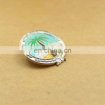 Round pin of the lacquer that bake low price wholesale high quality badges