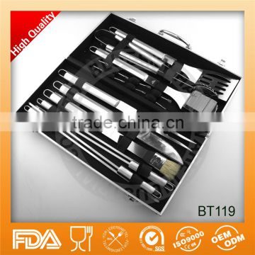 High quality outdoor snap on 18 piece Stainless Steel aluminum case bbq set bbq tool set