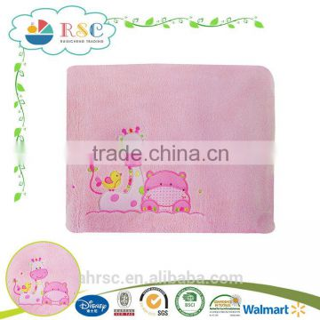 Super soft coral fleece animal embroidery thin summer blanket for baby