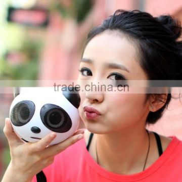 Best promotion gift cheap portable panda shape USB mini speaker for mobile phone and laptop